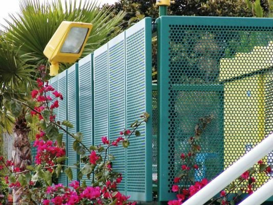 Perforated Metal Mesh Fence Perforated Metal Mesh Fen